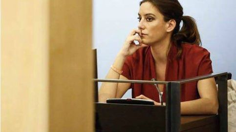 Arrimadas presiona para colocar a la mujer de Hervías en Andalucía