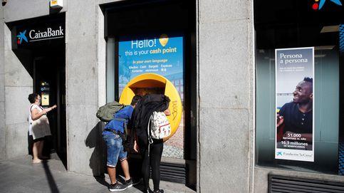 Valencia y Madrid cerrarán más oficinas que Cataluña en la fusión Caixa-Bankia