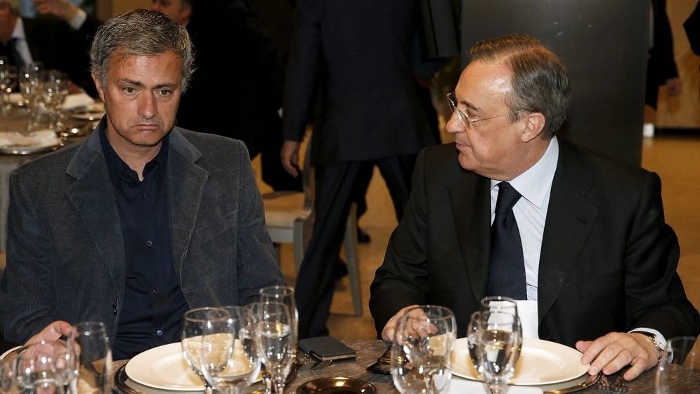 Foto: José Mourinho y Florentino Pérez, durante la etapa del portugués en el Real Madrid. (EFE)