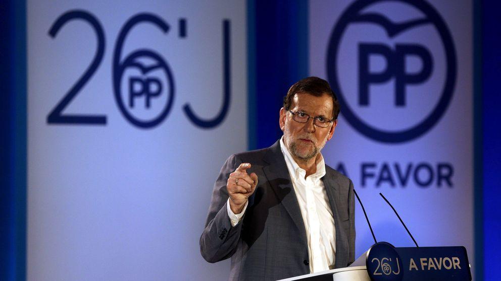 Rajoy promete bajar impuestos y lanza un guiño a Puigdemont frente a la CUP