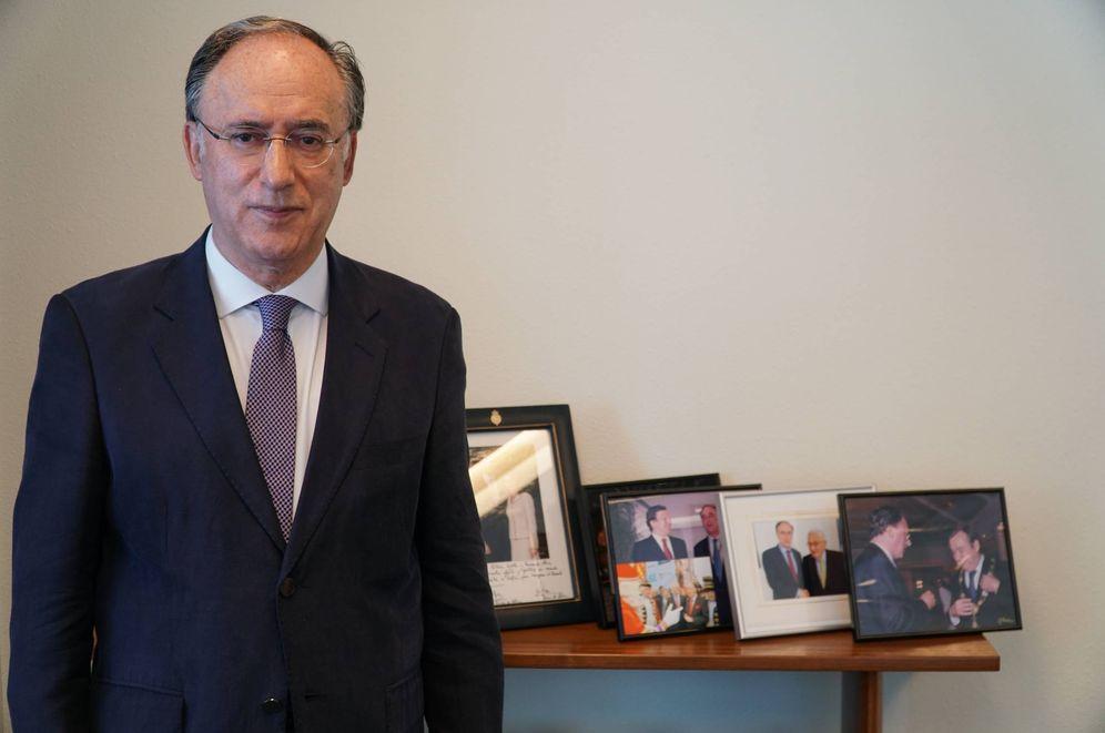 Foto: Fernando Arias, en su nuevo despacho en La Haya. (I. Rachidi)