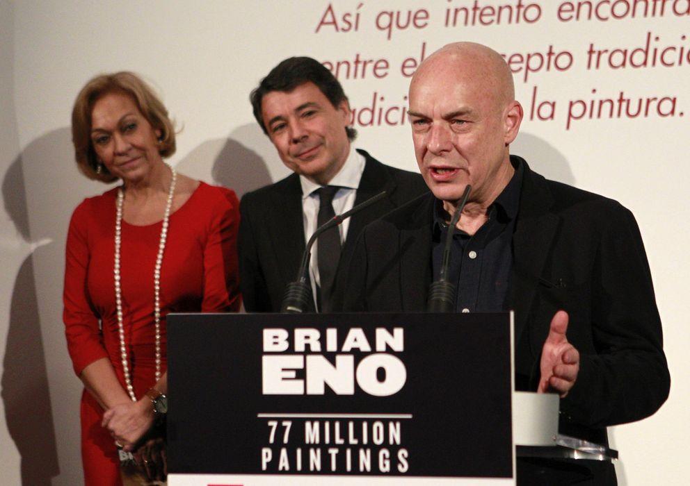 Foto: Brian Eno e Ignacio González, ayer, en Madrid (EFE)