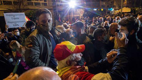 Vox usa el 14-F para ensayar en Cataluña la fuerza de su discurso antiinmigración