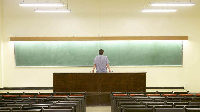 La venganza de los profesores mal pagados: estas son sus reclamaciones