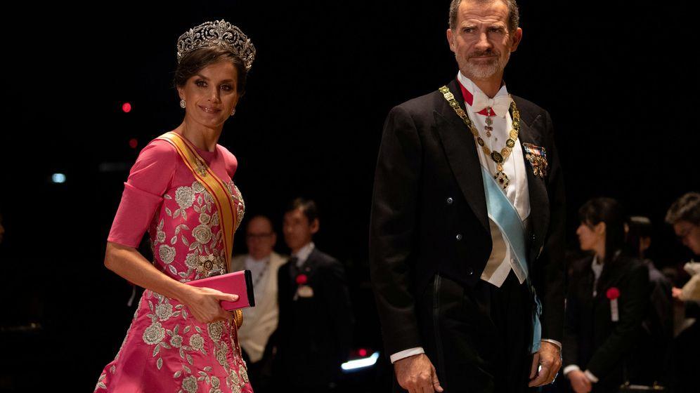 Foto: La reina Letizia y el rey Felipe, en la cena de gala. (Reuters)