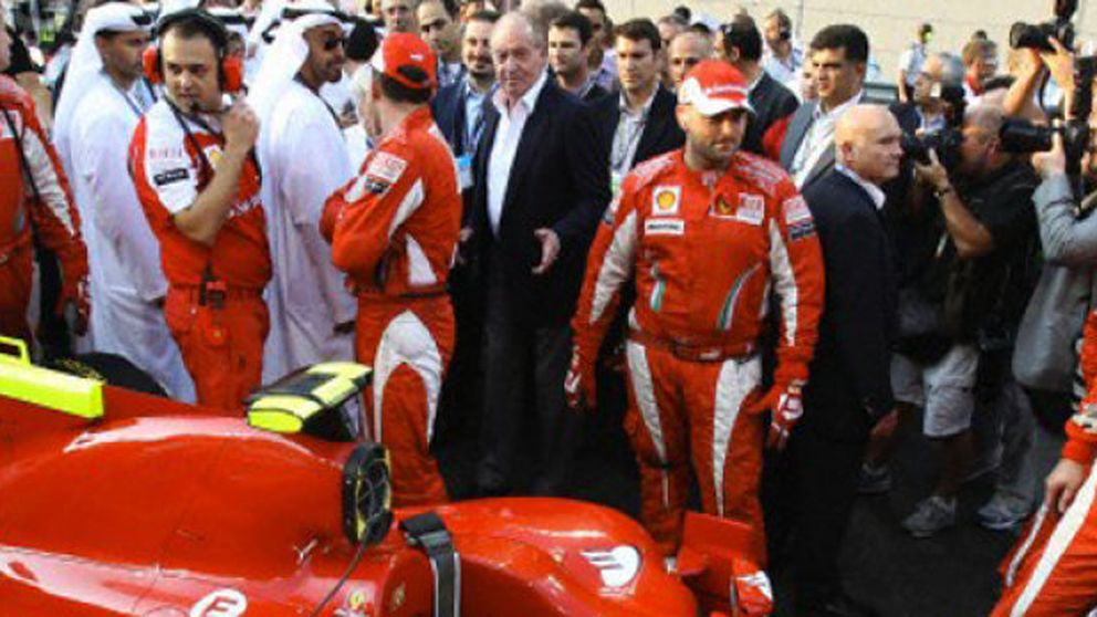 El jeque de Emiratos Árabes le regala al Rey dos Ferrari valorados en 500.000€