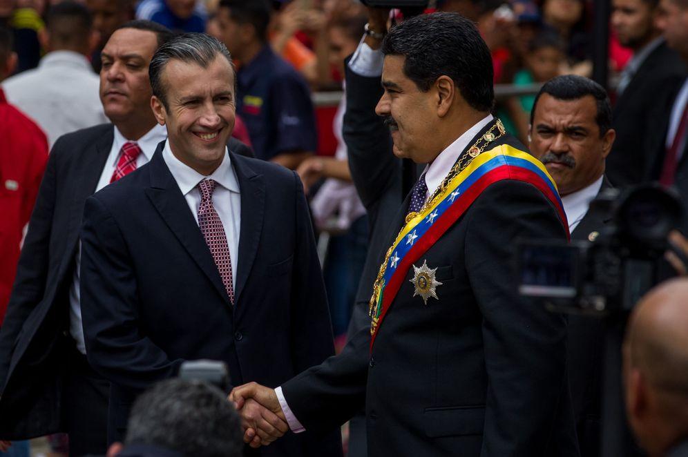 Foto: El presidente venezolano, Nicolás Maduro, y el vicepresidente Tareck El Aissami (i), asisten al Tribunal Supremo de Justicia, el 15 de enero de 2017 (Reuters).