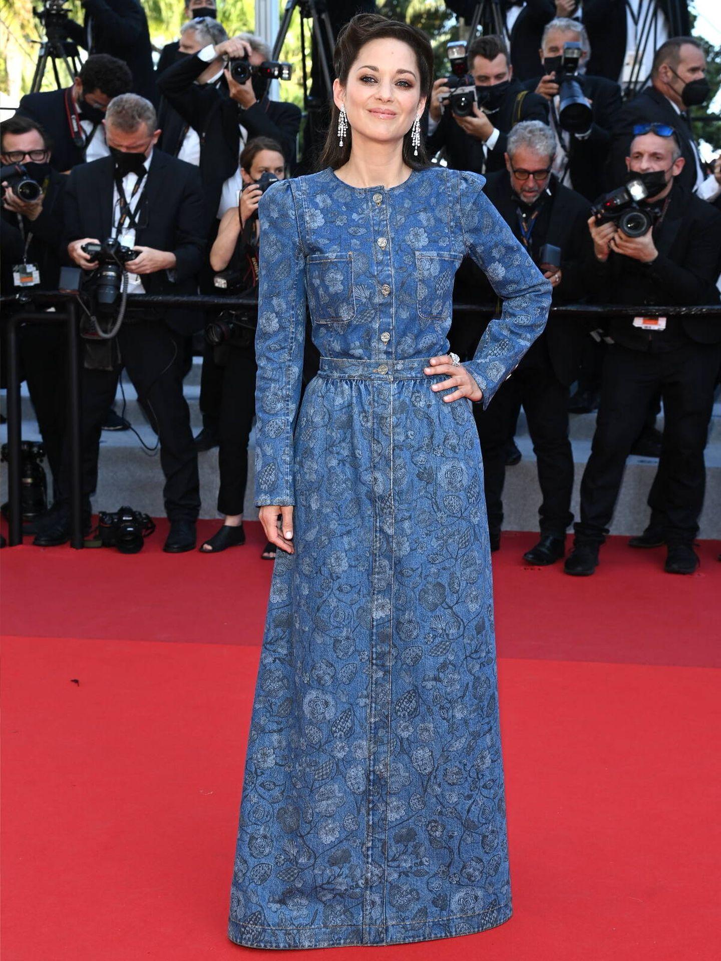 Marion Cotillard, en la alfombra roja del último Festival de Cine de Cannes en 2021. (Getty)