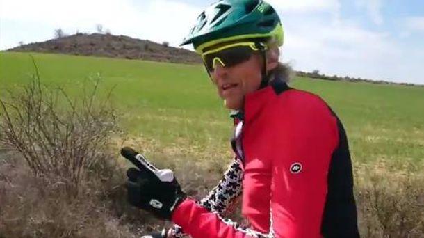 Foto: Jesús Calleja en la bicicleta una semana después del accidente. (Foto Jesús Calleja)