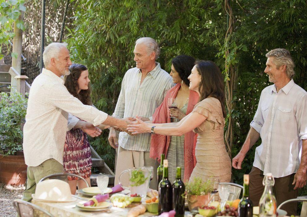 Foto: Las personas solteras tienen una mayor vida social que las casadas. (Corbis)