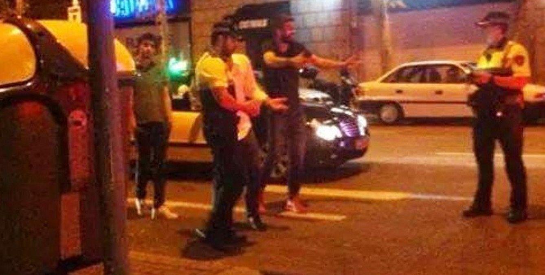 Foto: Gerard Piqué en el momento del incidente con la Guardia Urbana (La Vanguardia).