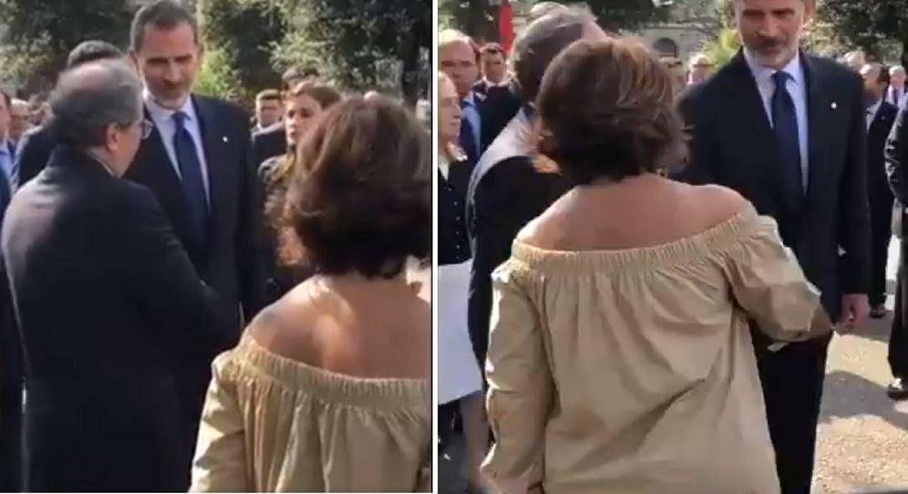 Foto: Felipe VI saluda a Torra y éste le responde presentándole a la mujer de Forn