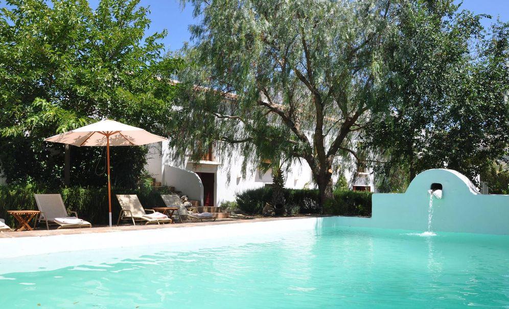 Viajes en espa a seis casas rurales con encanto en espa a for Casas rurales malaga con piscina