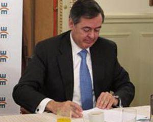 El IEE afirma que la prima de riesgo de España seguirá alta mientras persistan los problemas de Grecia