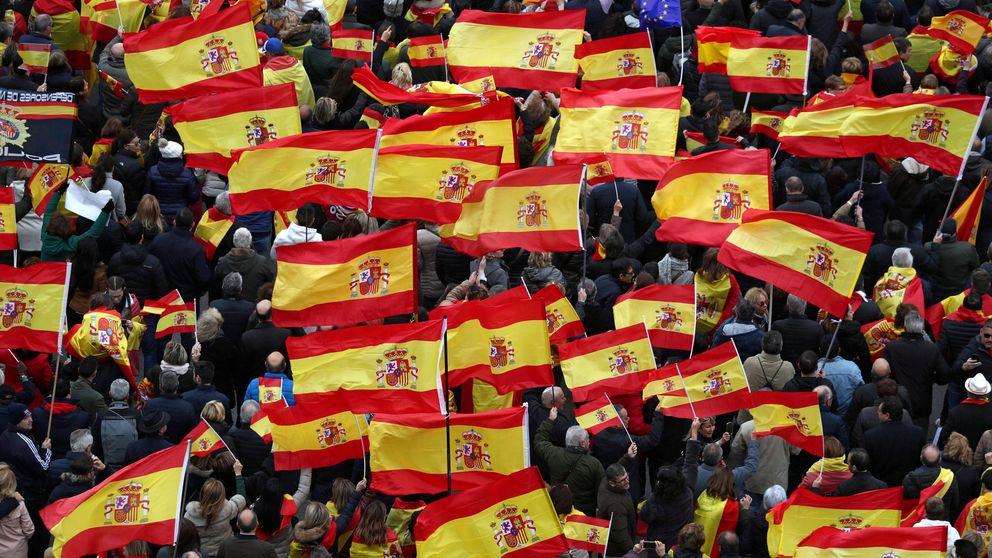 Aficionados del Cádiz viajan en el autobús del PP para ir al partido ante el Alcorcón