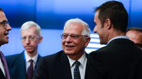 Borrell vendería sus acciones en Iberdrola y BBVA para liderar la diplomacia de la UE