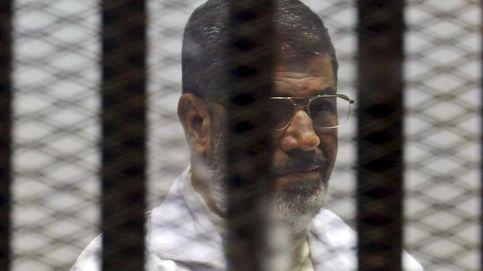 Egipto aplaza al 16 de junio el dictamen definitivo sobre la pena de muerte de Mursi