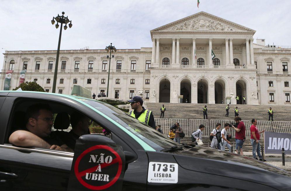 Foto: Protesta de taxistas portugueses contra Uber (Foto: EFE)