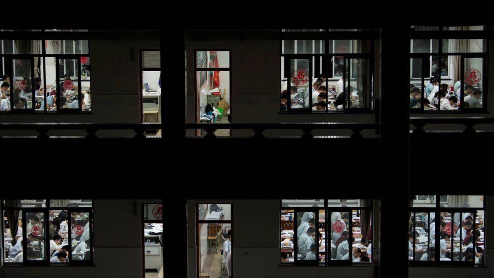 El lado oscuro del examen más difícil del mundo, el 'gaokao', que se hace en China