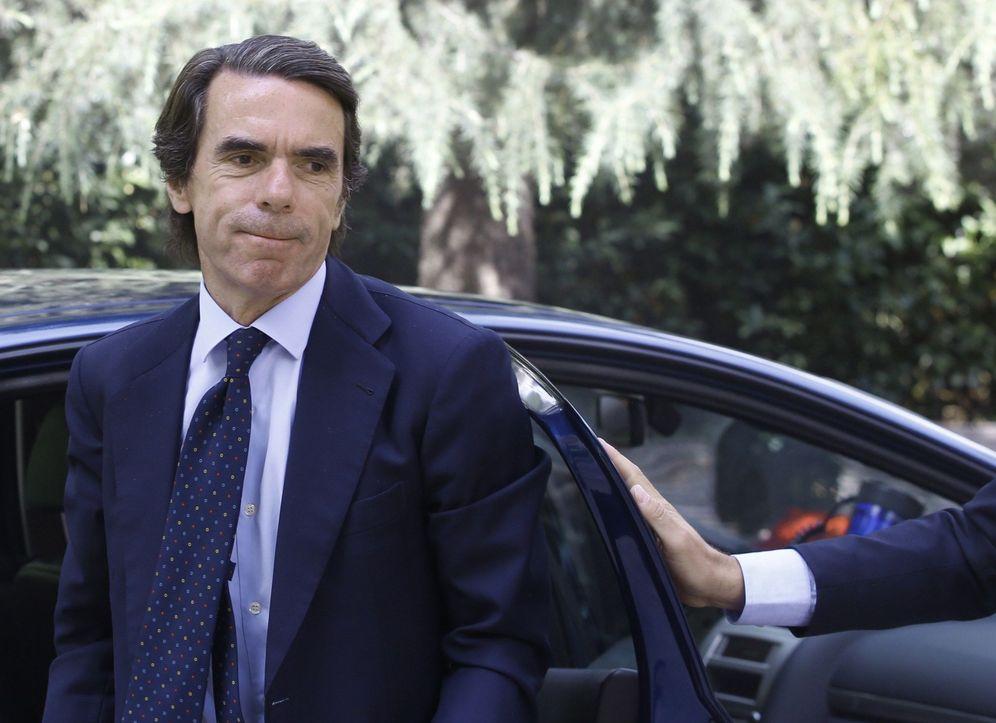 Foto: José María Aznar estuvo muy conversador en la gala contra el cáncer de Marbella. (EFE)