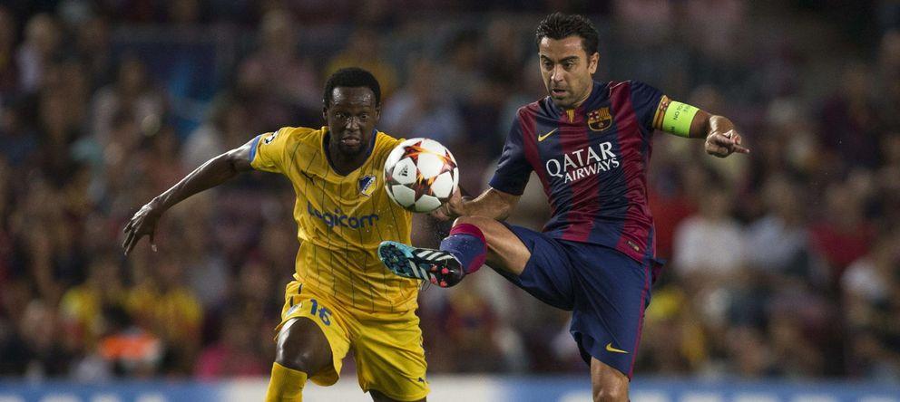 Foto: Xavi, durante el partido Barcelona-APOEL (EFE)