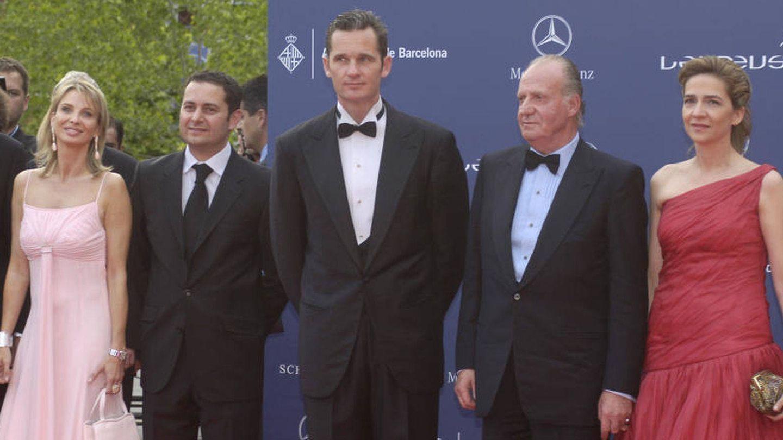 La Infanta de Cristina, Don Juan Carlos, Udangarin, Allen de Jesús Sanginés y Corinna en los premios Laureus de 2006. (Gtres)