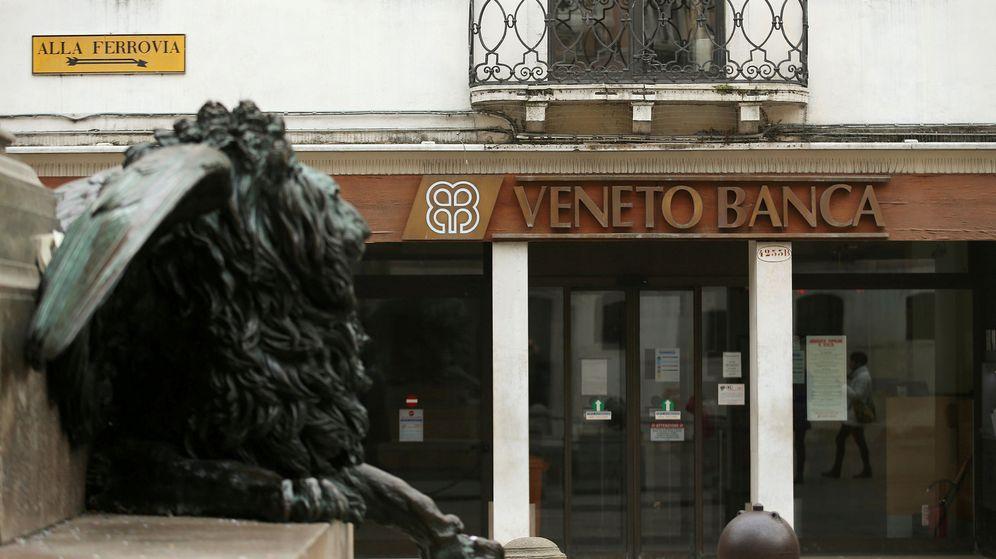 Foto: Oficina de Veneto Banca en Venecia. (Reuters)