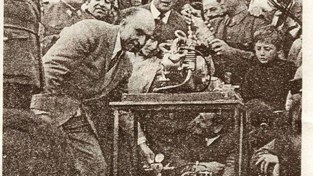 Foto: Arturo Estévez Varela copó todos los medios a principios de los 70, pero su invento era pura superchería. Imagen: Diario Hoy