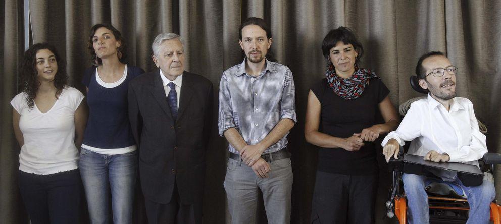Foto: Pablo Iglesias junto a Teresa Rodríguez (2d), candidata de Podemos a la Junta de Andalucía (EFE)