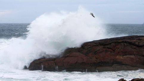 'Félix' pone este domingo en riesgo a 47 provincias por viento