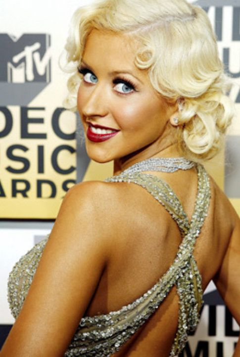 Foto: Christina Aguilera confirma finalmente su embarazo a una revista