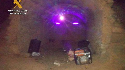 Desalojan una 'rave' ilegal convocada por WhatsApp con más de 20 jóvenes en La Rioja