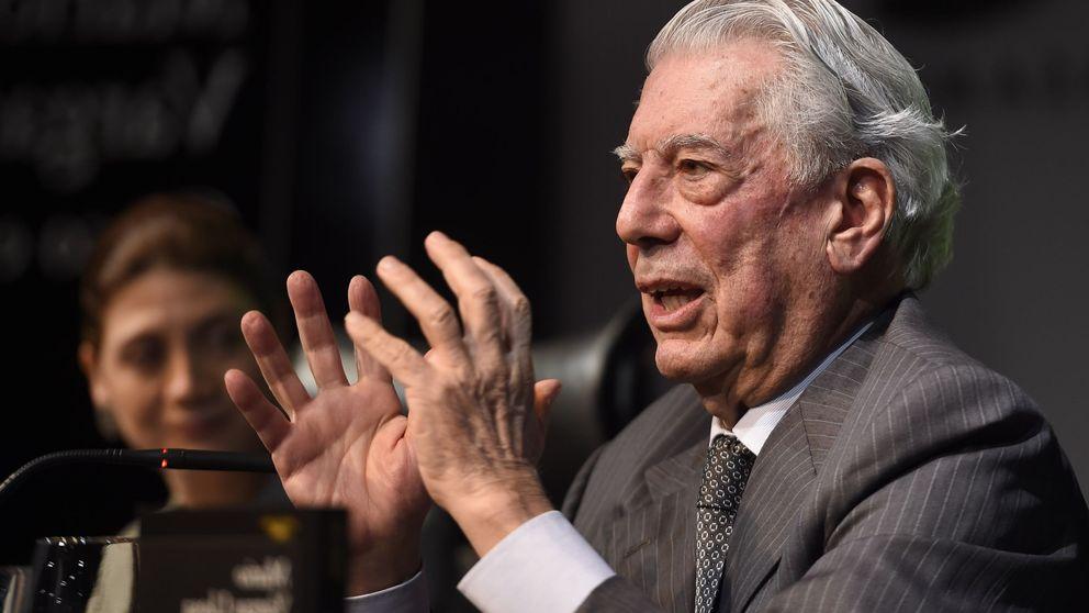 Vargas Llosa presenta su último libro bajo la sombra de Isabel Preysler