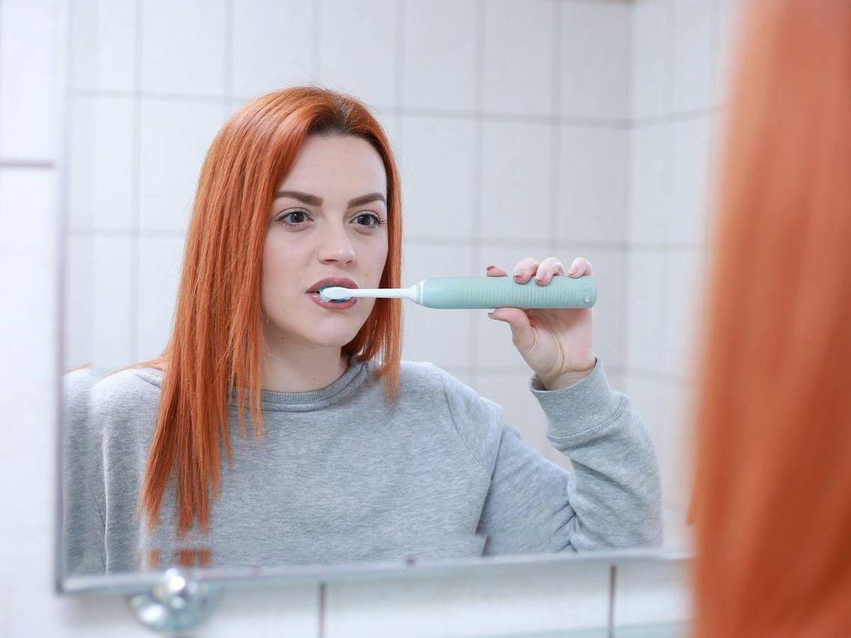 Foto: Lavarse los dientes es más fácil con un cepillo eléctrico (Foto: Pixabay)