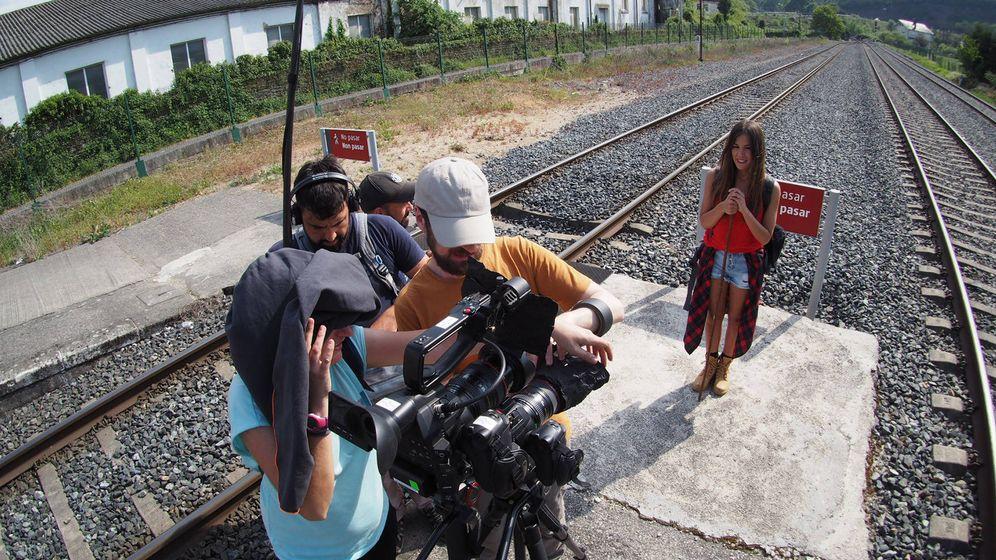 Foto: Marta Márquez durante el rodaje de '¡Buen camino!'. (RTVE)