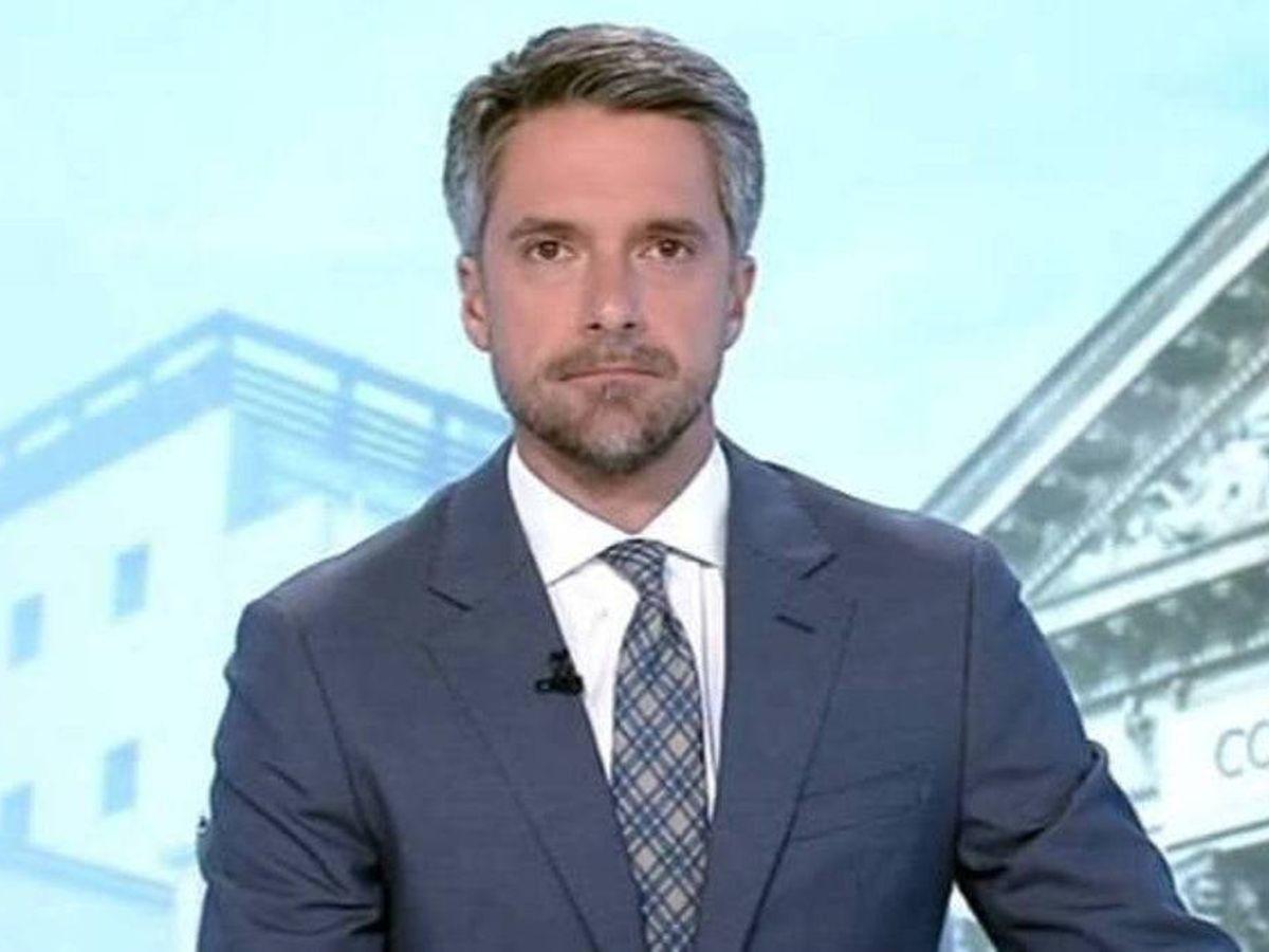 Foto: Carlos Franganillo, en 'Telediario'. (TVE)