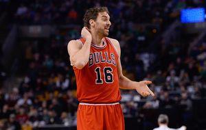 Los 27 puntos de Harden meten a los Bulls en su peor racha del curso