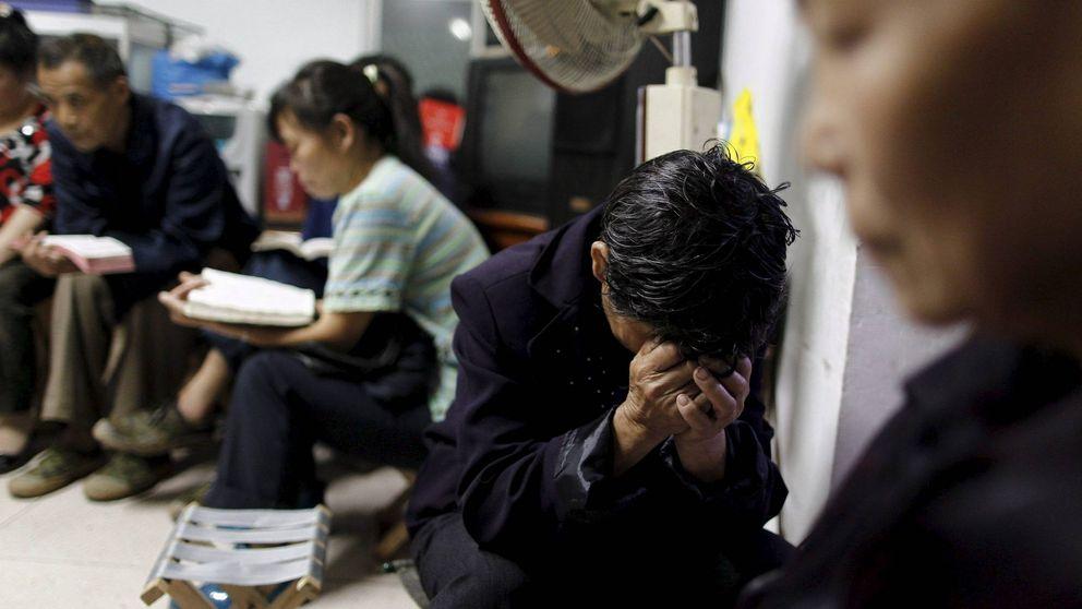 Dios es rojo, así resistieron los cristianos chinos la persecución comunista