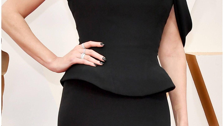 Charlize Theron, a su llegada a la alfombra roja. (Getty)
