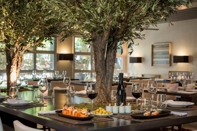 Foto: El Ata Club, buena mesa, olivos y música