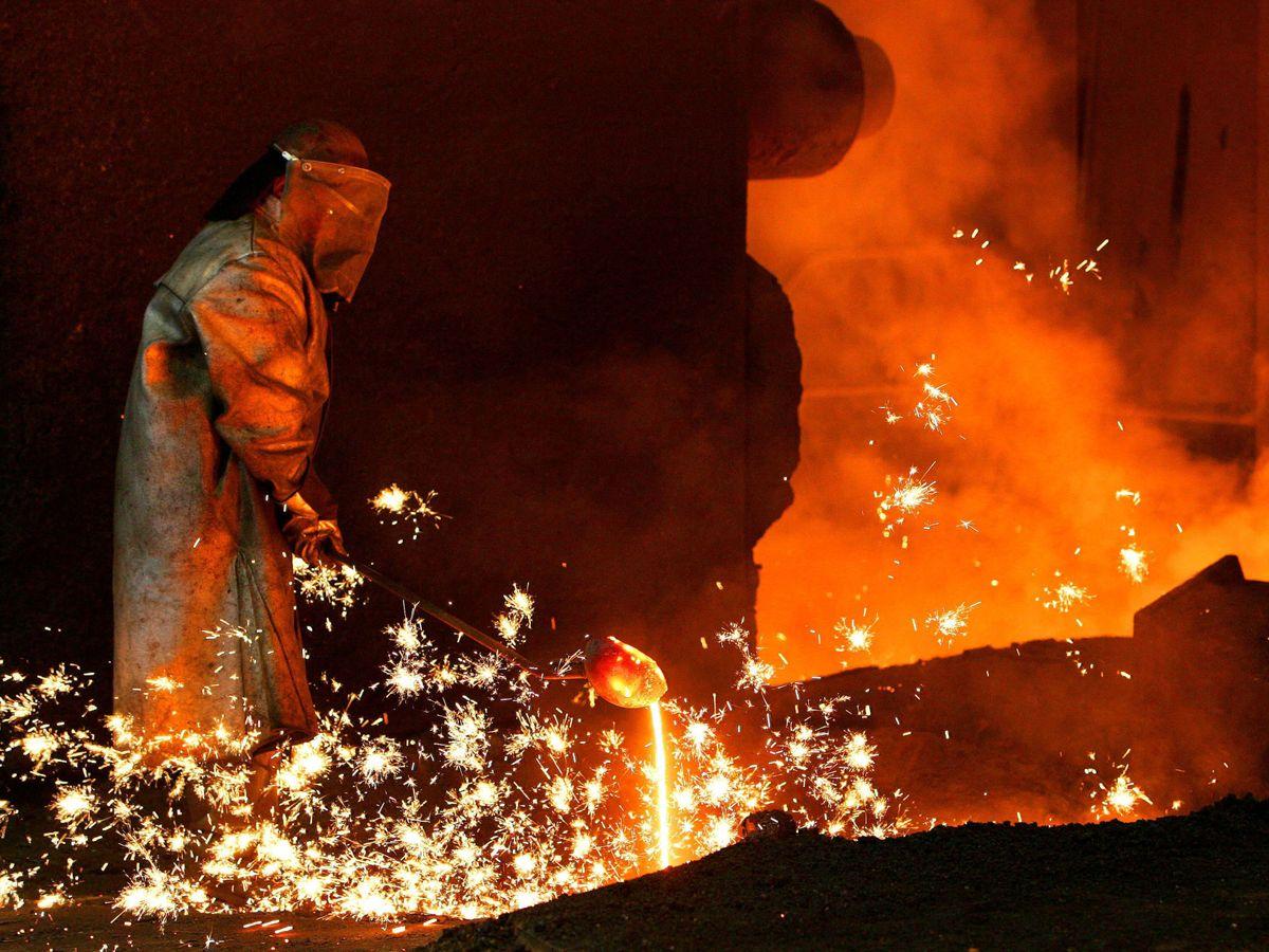 Foto: Fábrica de acero de Arcelor en Lieja. (Reuters)
