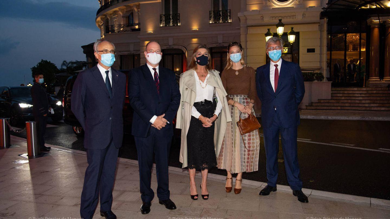Carolina de Mónaco, Beatrice y Alberto,  antes del concierto. (Palais Princier)