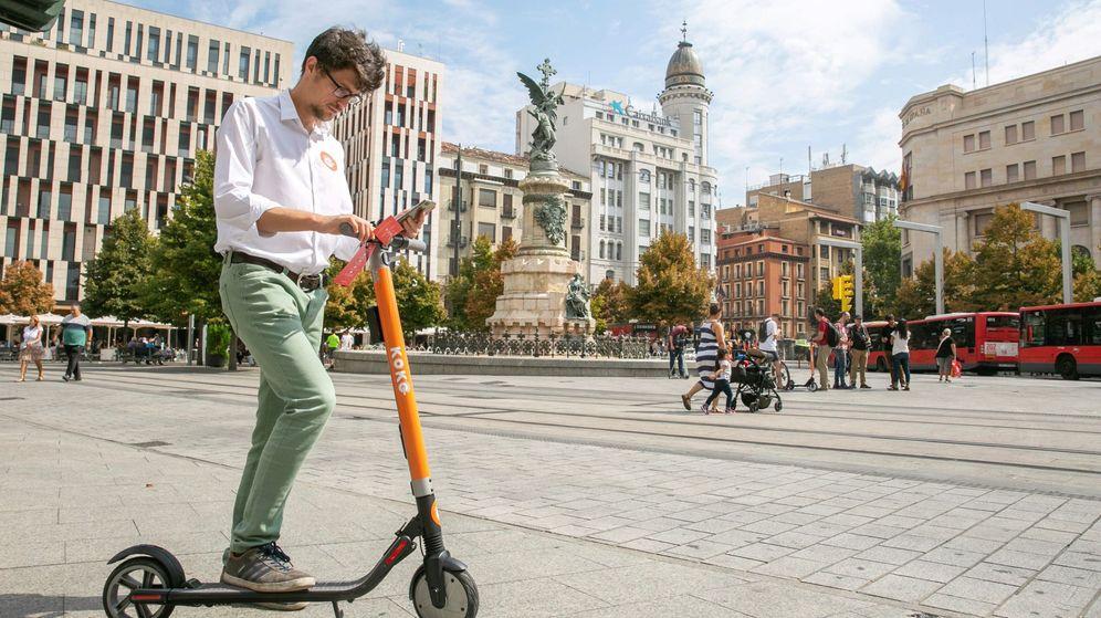 Foto: La obligatoriedad del uso de casco varía en función de las ordenanzas municipales de cada una de las ciudades. (EFE)