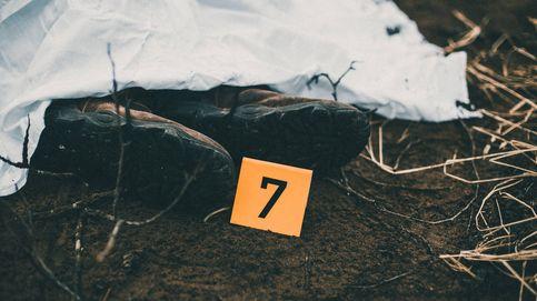 El misterio del cadáver en el granero: nadie le conoce ni sabe de qué murió