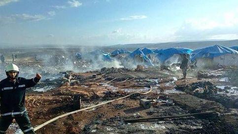 Al menos 28 muertos en un bombardeo contra un campo de desplazados en Siria