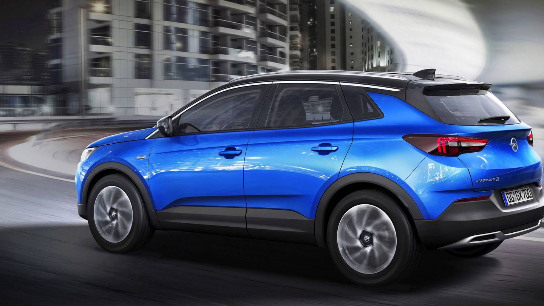 Opel matriculó más de mil unidades del Grandland X, lo que le situó como líder del mercado en abril.