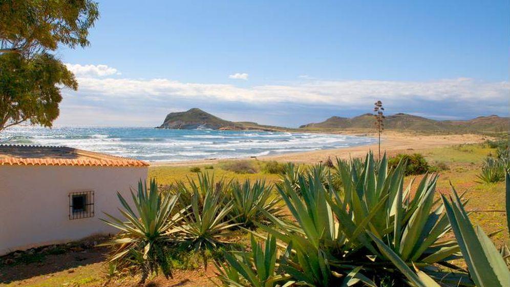 Foto: La finca El Romeral, junto a San José, es puro Cabo de Gata y spaguetti western.