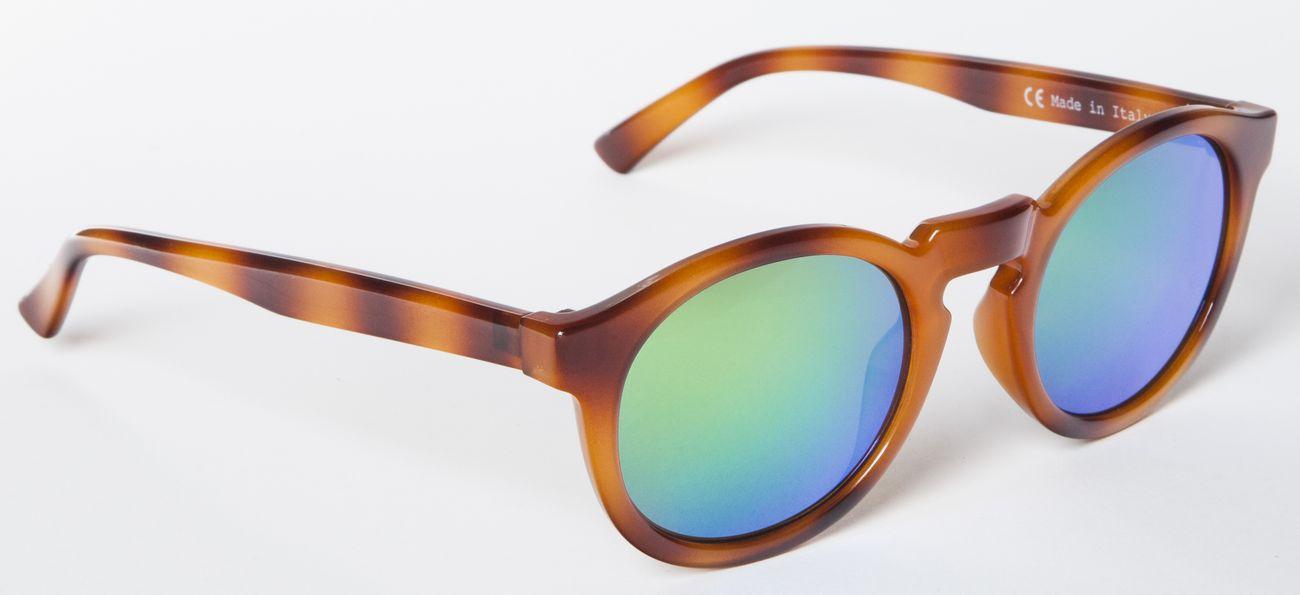 Unas gafas para ver la vida de color azul