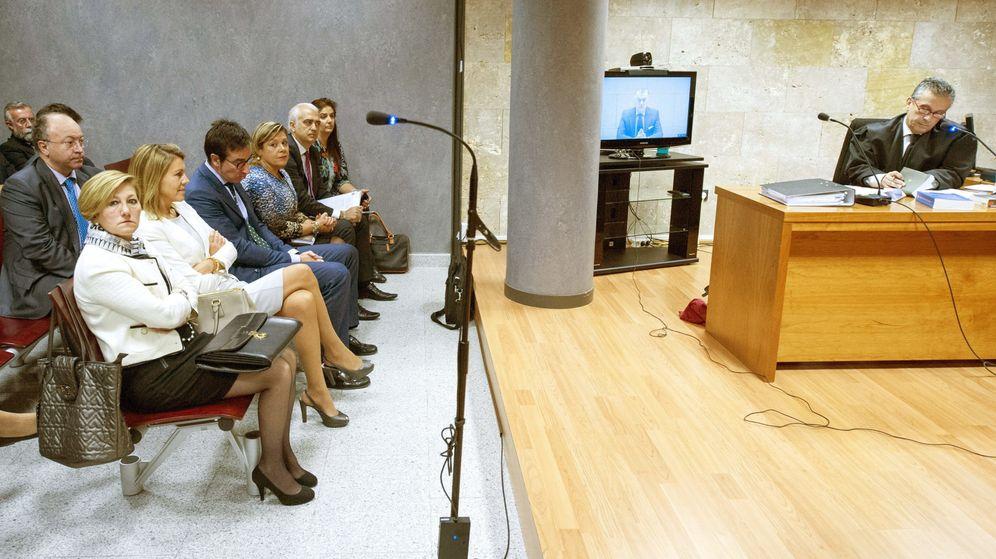 Foto: Cospedal, en el juicio tras la demanda que puso contra Bárcenas.(EFE)