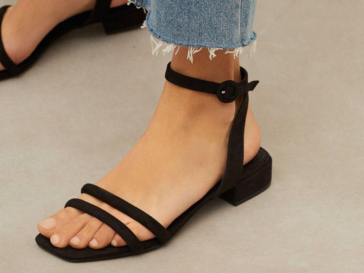 Foto: Sandalias low cost de Parfois. (Cortesía)
